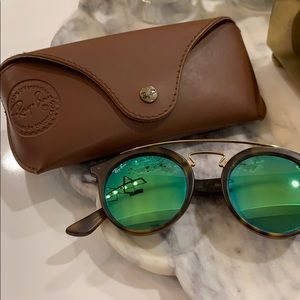 AUTHENTIC Ray Ban Gatsby Sunglasses- EUC!! ✨